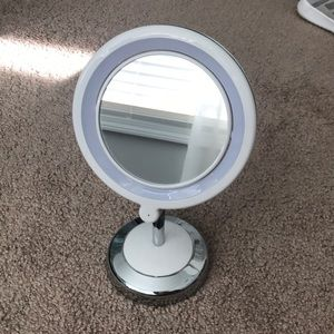 LED Two Sided Makeup Mirror Stand